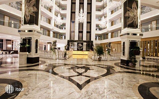 Q Premium Resort  10