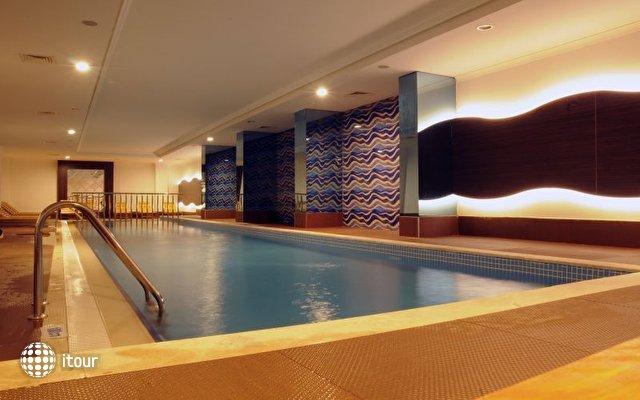 Q Premium Resort  6
