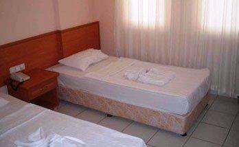 Mirage Apart Hotel 3
