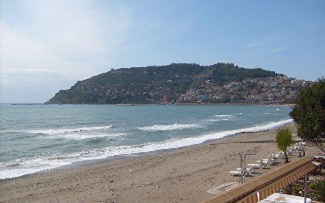 Gunes Beach 3