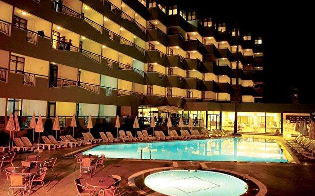 Elysee Hotel 8
