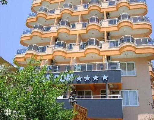 Klas Hotel Dom (ex.grand Sozbir) 1