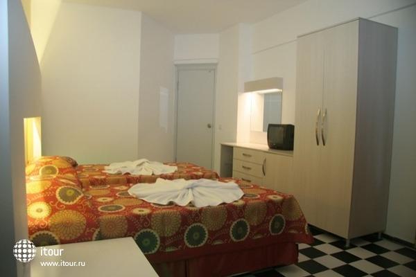 Orient Suite 6