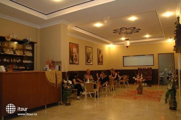 Azalea Apart Hotel 10