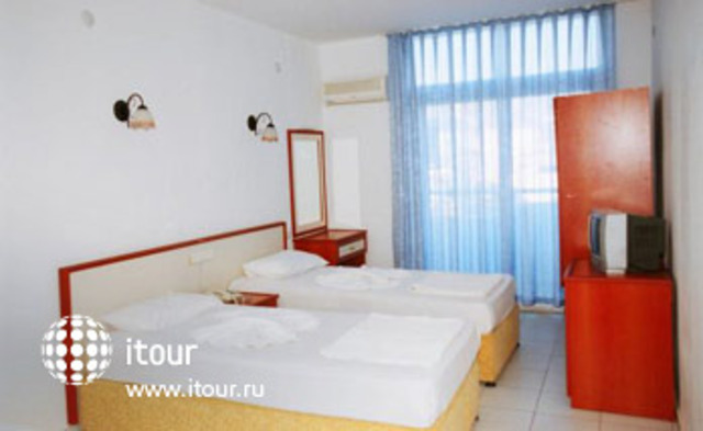 Hotel Huska Plaza 7