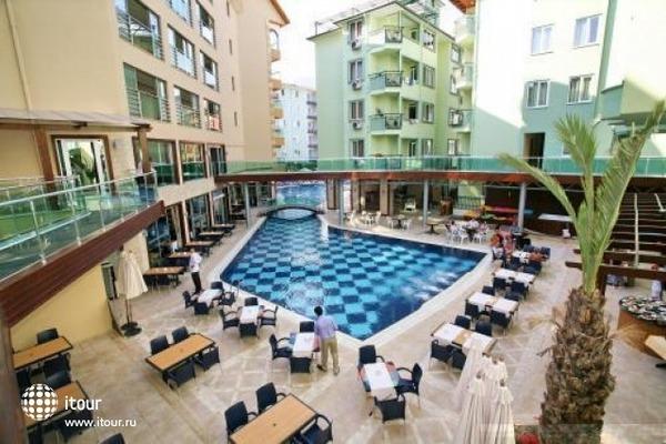 Kleopatra Tac Premier Hotel & Spa 8