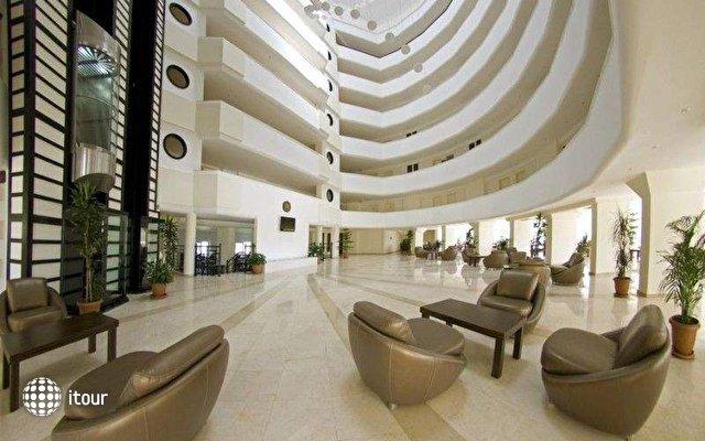 Arabella World Hotel 6