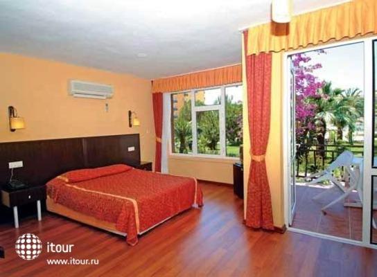 Karaburun Club Hotel 3