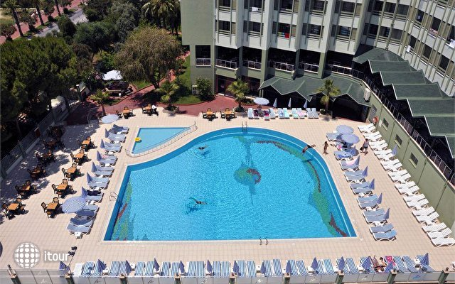 Ananas Hotel 2