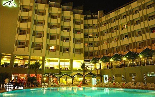 Ananas Hotel 5