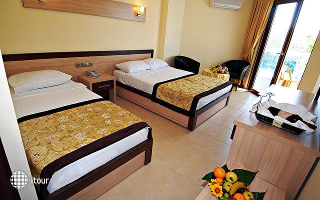 Club Hotel Caretta Beach 10