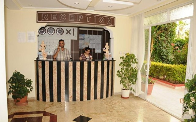 Dim Suite Hotel 10