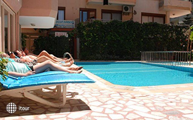 Rosella Hotel 7