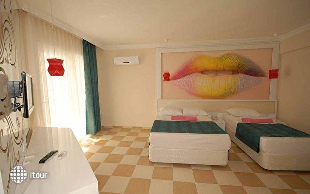 Infinity Beach Hotel 4