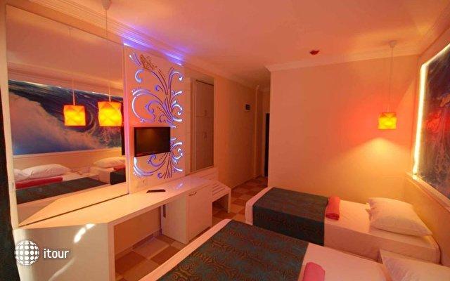 Infinity Beach Hotel 8