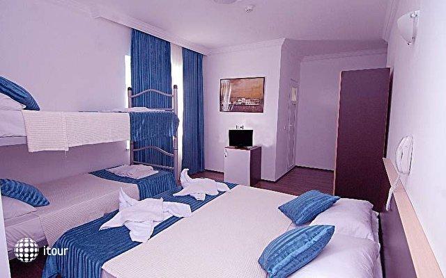 Sea Star Hotel 10