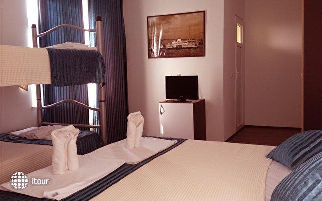 Sea Star Hotel 8