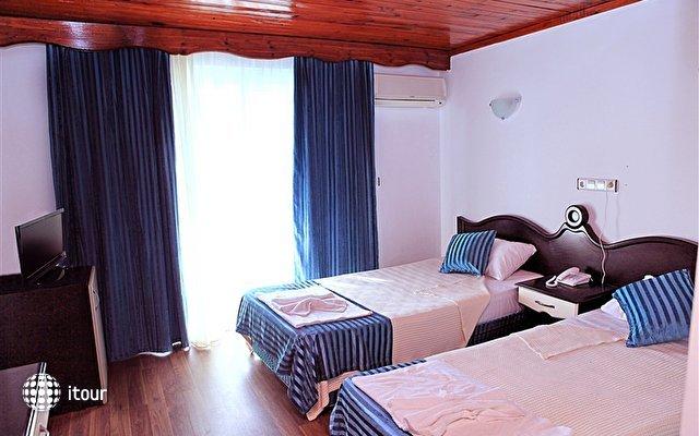 Sea Star Hotel 7