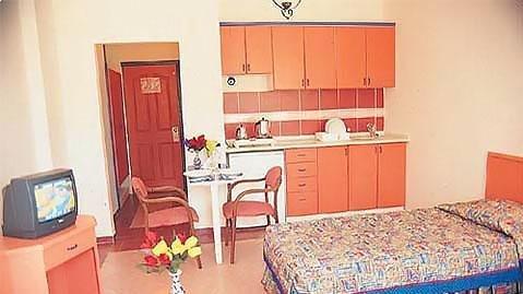 Tropicas Family Hotel 5
