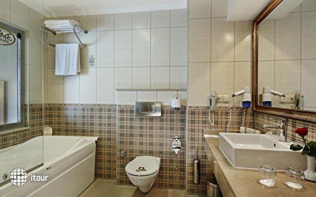 Alaiye Resort & Spa Hotel 9