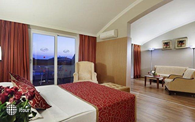 Alaiye Resort & Spa Hotel 8
