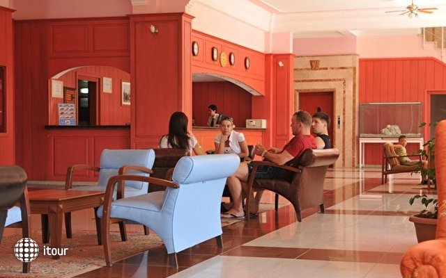 Green Hill Hotel 9