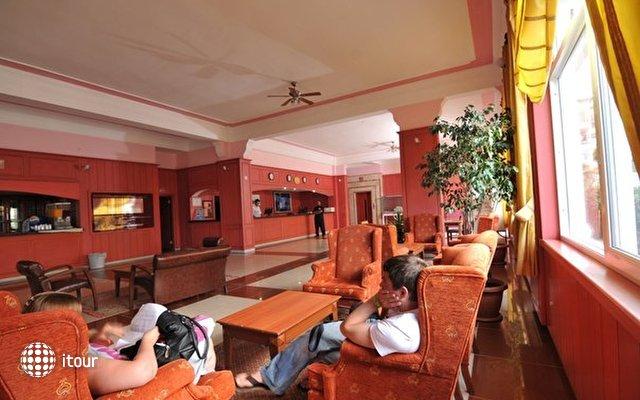 Green Hill Hotel 8