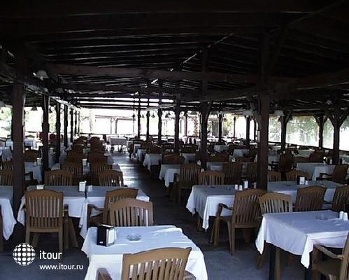 Cesars Inn 5