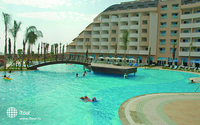 Long Beach Resort 6