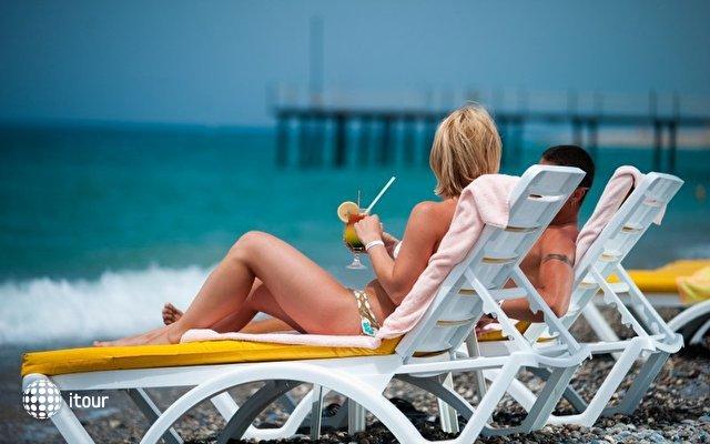 Stella Beach 9