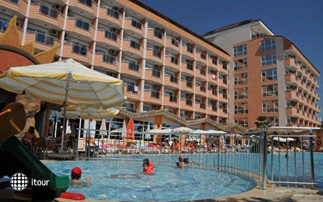 First Class Hotel 10