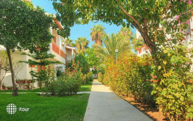 Antik Hotel & Garden 4