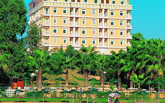Antik Hotel & Garden 2