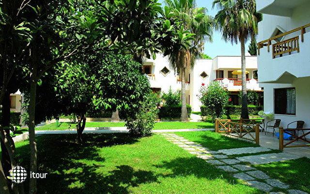 Antik Hotel & Garden 1