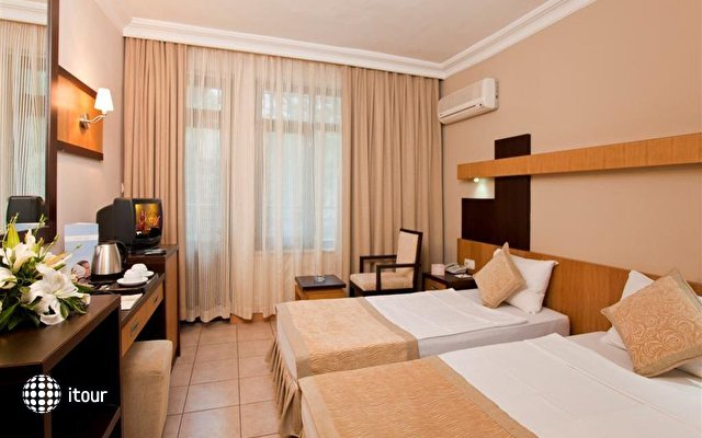 Xperia Kandelor Hotel 8
