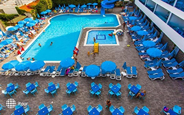 Avena Resort & Spa Hotel (ex. Gold Safran) 7