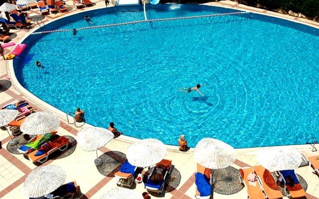 Hotel La Perla 9
