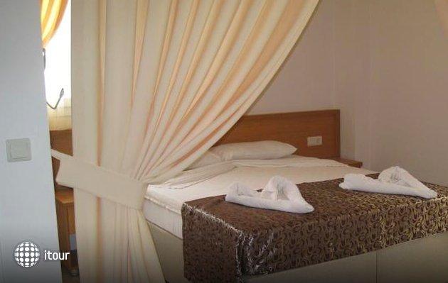 Mavibelce Hotel 4