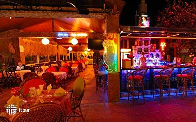 Mavibelce Hotel 5