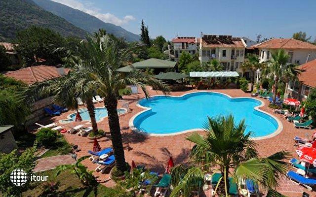 Mavibelce Hotel 10
