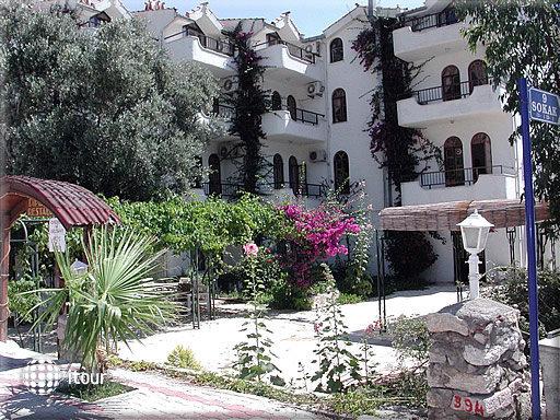 Diplomat Hotel 8