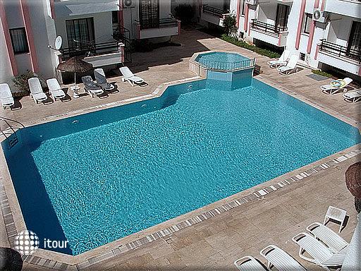 Diplomat Hotel 2