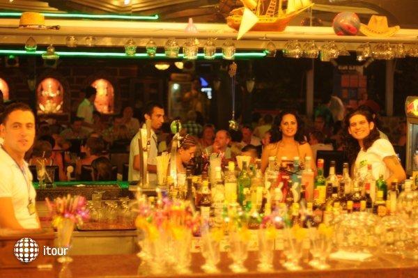 Club Ilayda 9