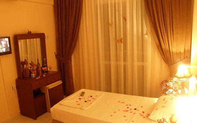 Alara Hotel Marmaris 3*  4