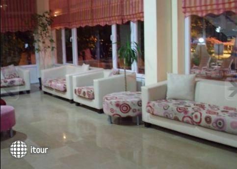Glory Hotel 6