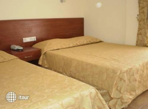 Glory Hotel 10