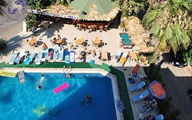 Club Dorado Hotel 6