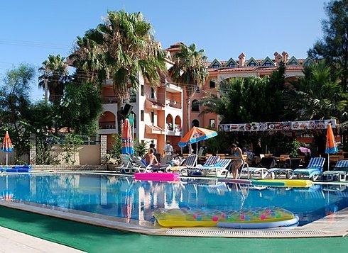 Club Dorado Hotel 2