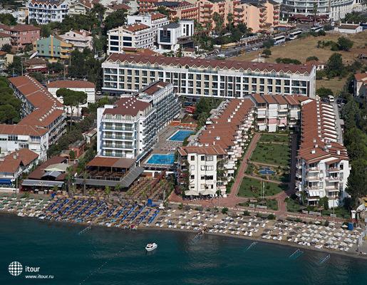 Emre Beach 4