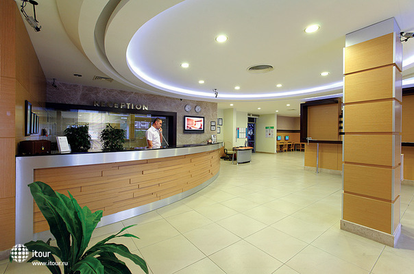 Julian Club Hotel 6